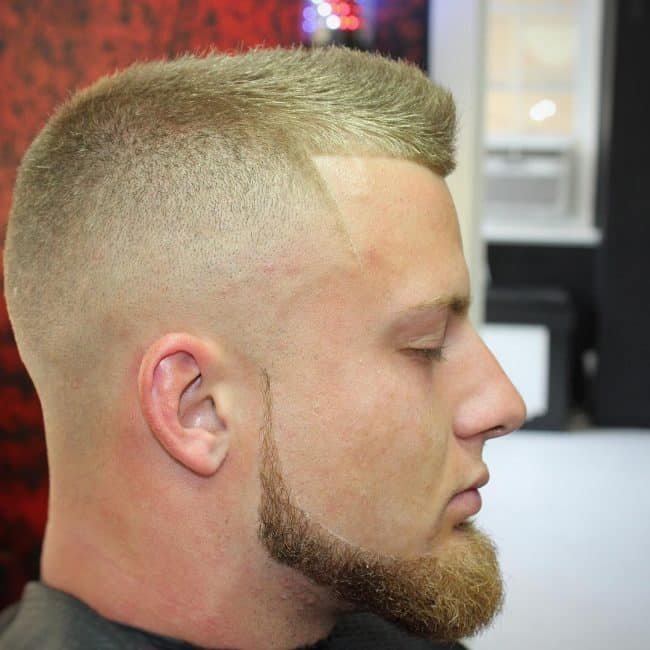 Line up chin strap beard
