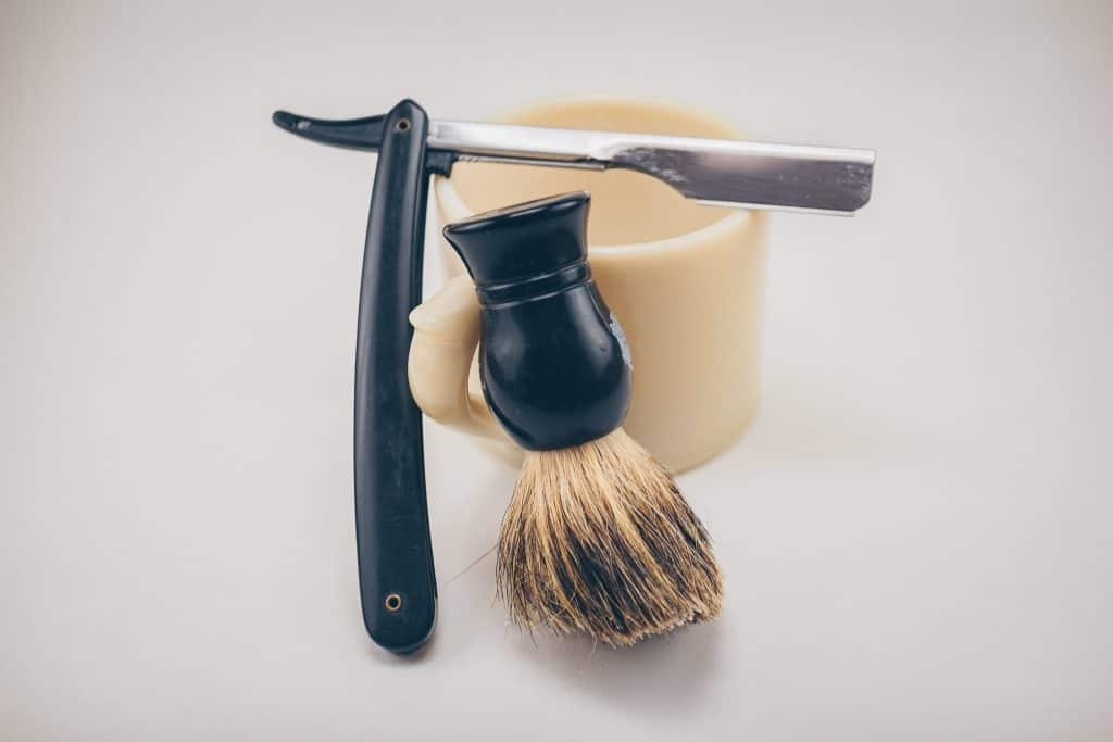 clean shaven vs beard - shaving stuff